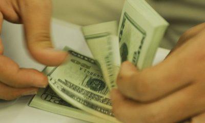 Dollar rises 2.39% and closes at R$ 5.21